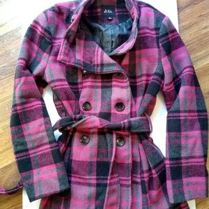Gorgeous coat. Worn once.